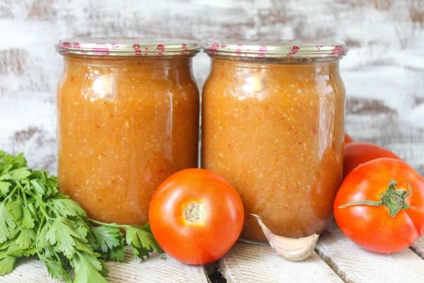 Острый соус из кабачков и томатов на зиму