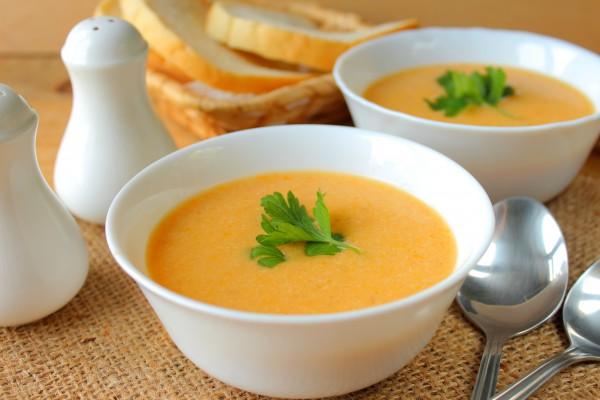 Овощной суп-пюре в мультиварке с овсянкой и курицей