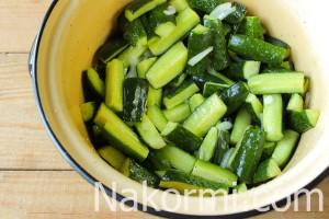 salat-iz-ogurcov-damskie-palchiki-na-zimu5