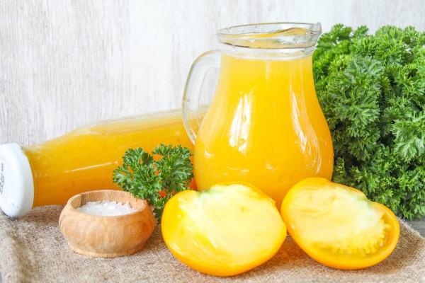 Томатный сок из желтых помидоров на зиму