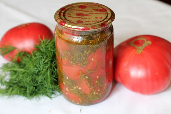 Салат из помидоров с укропом на зиму