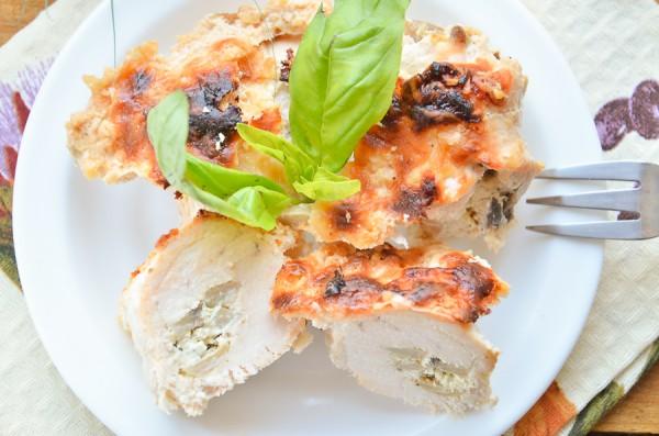 Куриные пальчики с грибами и сыром в духовке