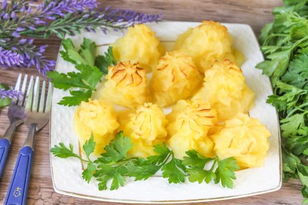 Запеченный картофель со сливками