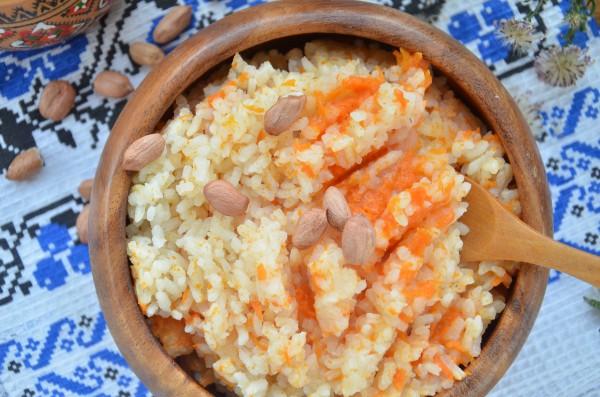 Тыквенная каша с рисом и молоком в мультиварке