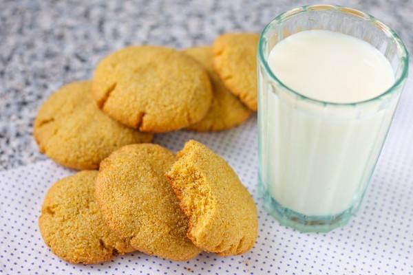 Кукурузное печенье на смальце