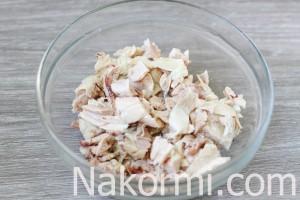 salat-s-kuricej-ananasami-i-gribami3