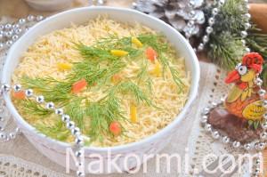 sloenyj-salat-elochka-s-kuricej-i-yablokom11