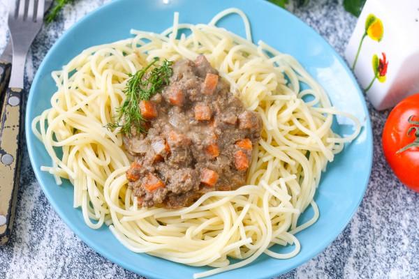 Спагетти с печеночным паштетом