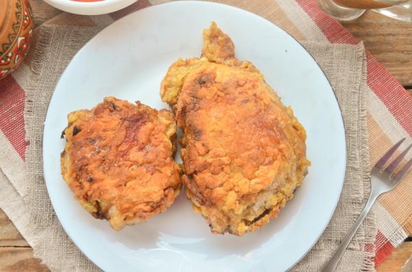 Куриные бедра, жаренные в соевом маринаде