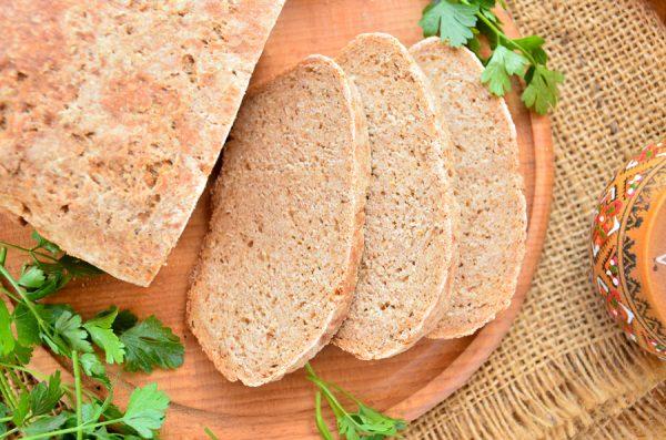 Ржаной хлеб из цельнозерновой муки