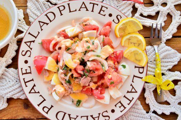 Средиземноморский салат с горчичной заправкой