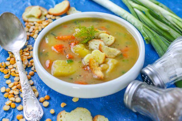 Гороховый суп на овощном бульоне