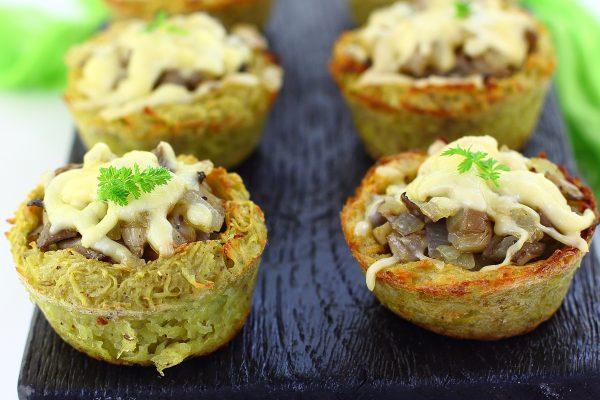 Картофельные корзинки с грибами