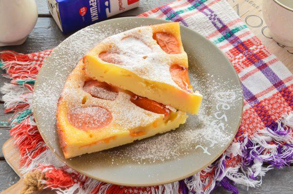 Пирог на кефире с абрикосами