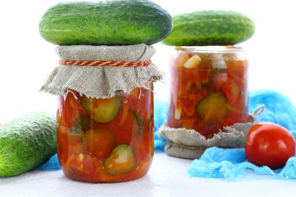 Лечо из огурцов с помидорами и болгарским перцем на зиму