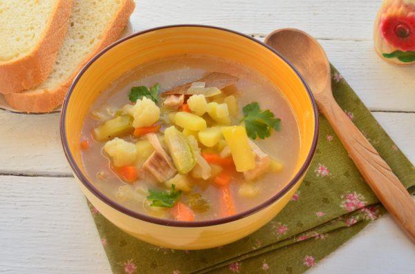 Суп с брюссельской и цветной капустой